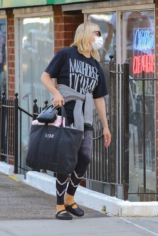 CHLOE SEVIGNY Out and About in New York 05/25/2021