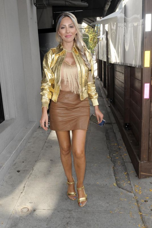 FARRAH ABRAHAM at Craig's in West Hollywood 05/25/2021