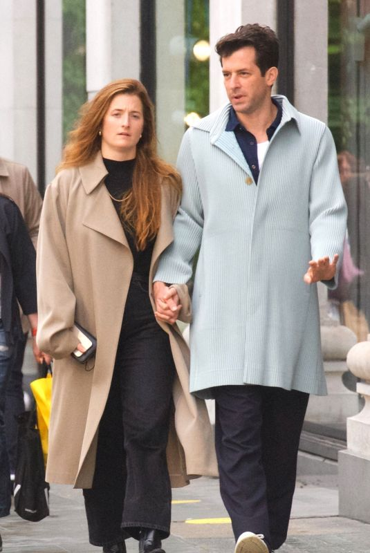 GRACE GUMMER and Mark Ronson Out in London 05/23/2021