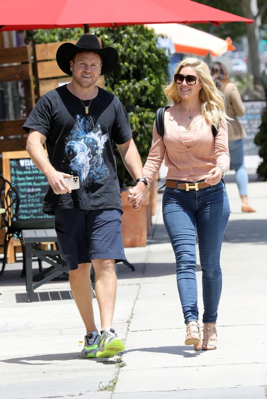 HEIDI MONTAG and Spencer Pratt at Don Antonio's Mexican Food Restaurant in Los Angeles 05/20/2021