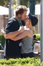 HEIDI MONTAG and Spencer Pratt Out Kissing in Pacific Palisades 05/26/2021