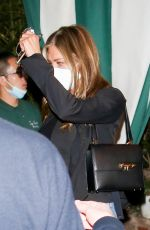 JENNIFER ANISTON at San Vicente Bungalows in West Hollywood 05/20/2021