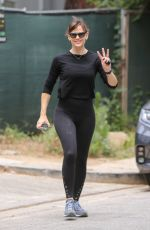 JENNIFER GARNER Out and About in Brentwood 05/09/2021