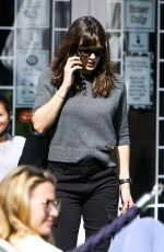JENNIFER GARNER Out for Coffee in Los Angeles 05/05/2021