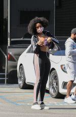 JENNIFER HUDSON Shopping at XIV Karats in Beverly Hills 05/22/2021