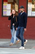 JULIANNE MOORE and Bart Freundlich Out in New York 05/17/2021