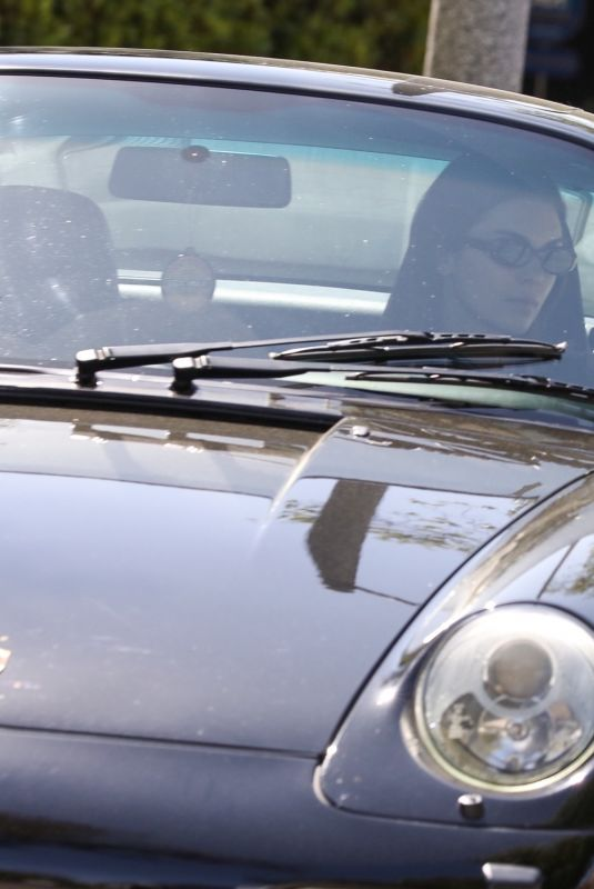 KENDALL JENNER Driving Her Porsche Classic Out in Los Angeles 05/05/2021