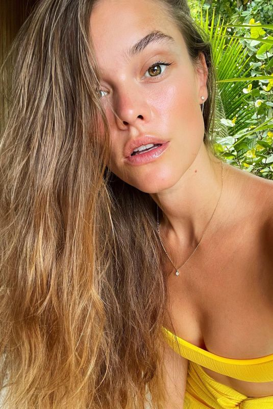 NINA AGDAL - Instagram Photos and Video 05/12/2021