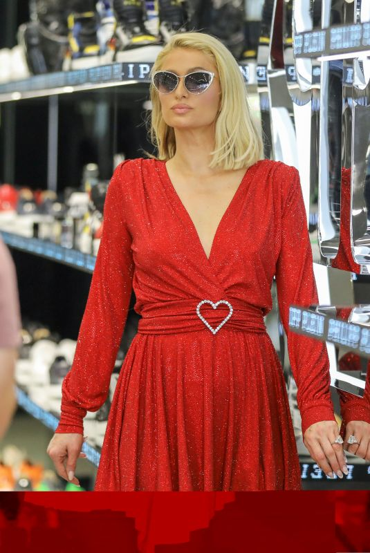 PARIS HILTON Shopping at Philipp Plein Store in Beverly Hills 05/12/2021