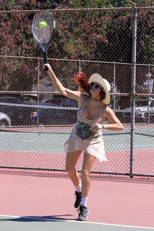PHOEBE PRICE Playing Tennis in Los Angeles 05/24/2021