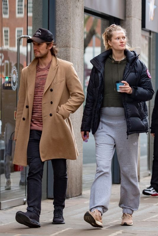 Pregnant TONI GARRN and Alex Pettyfer Out Shopping in London 05/04/2021