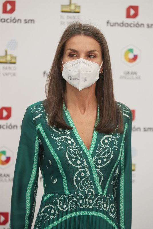QUEEN LETIZIA OF SPAIN at SM Awards for Children's and Young People's Literature in Madrid 05/11/2021