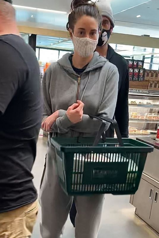 SHAILENE WOODLEY Shopping at Erewhon Market in Santa Monica 05/10/2021