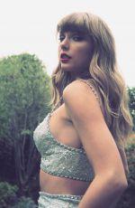 TAYLOR SWIFT - Instagram Photos 05/12/2021