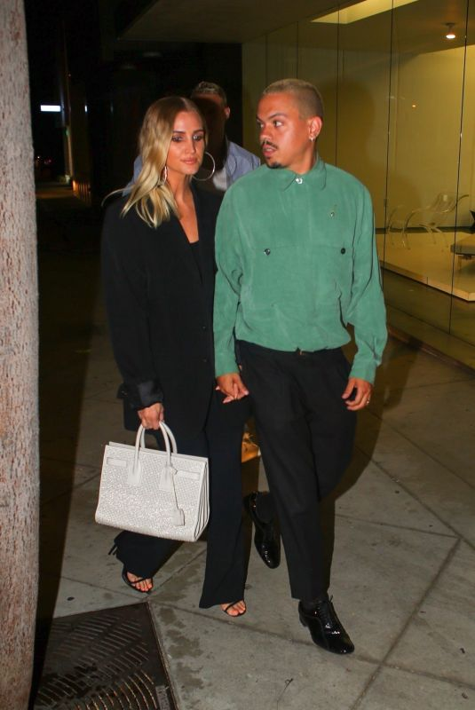 ASHLEE SIMPSON and Evan Ross at Craig