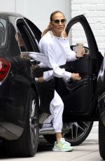 Ben Affleck Brings JENNIFER LOPEZ to His Home in Brentwood 06/04/2021