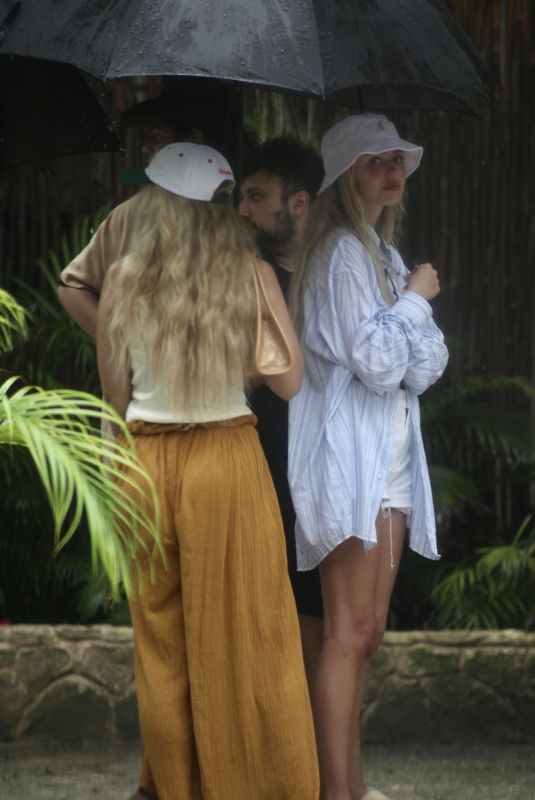 DELILAH HAMLIN and LISA RINNA Out for Breakfast in Tulum 06/15/2021