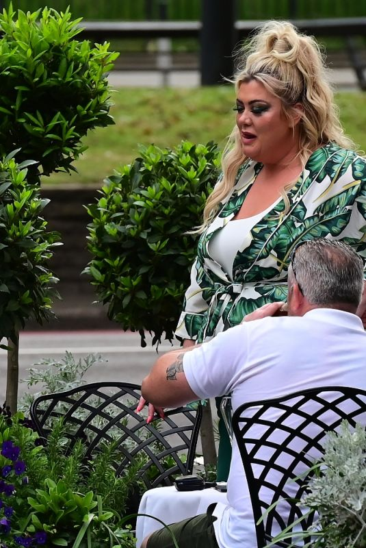 GEMMA COLLINS at Lunch with Her Brother at Dorchester Hotel 06/10/2001