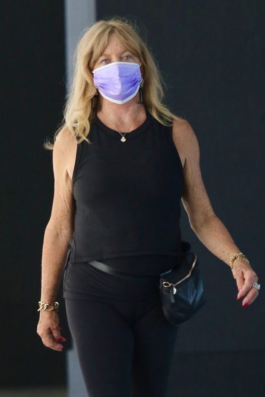 GOLDIE HAWN Out and About in New York 06/06/2021