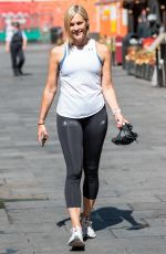 JENNI FALCONER Leaves  Smooth FM in London 06/09/2021