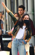 JENNIFER CONNELLY Hailing a Taxi in New York 06/06/2021