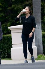 JENNIFER GARNER Out for Coffee in Brentwood 06/07/2021