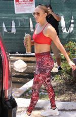 JENNIFER LOPEZ Heading to a Gym in Miami 06/10/2021