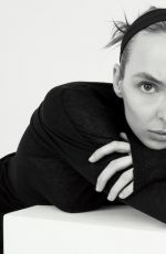 JODIE COMER for Hunger Magazine: The Community Issue, May 2021
