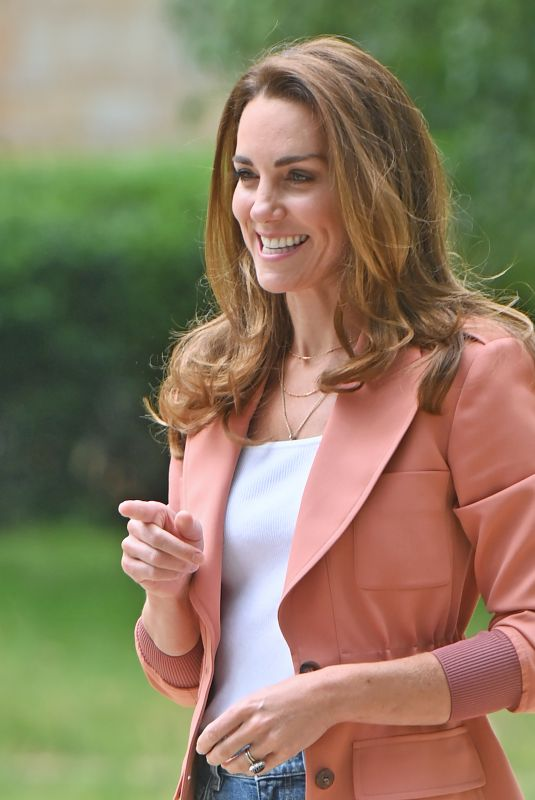 KATE MIDDLETON Visits National History Museum in London 06/22/2021