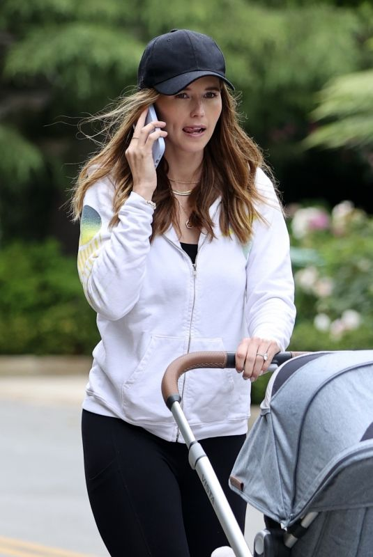 KATHERINE SCHWARZENEGGER Out with Her Baby in Santa Monica 06/06/2021