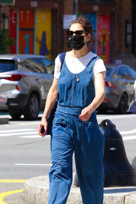 KATIE HOLMES in a Blue Overalls Out in New York 6/05/2021