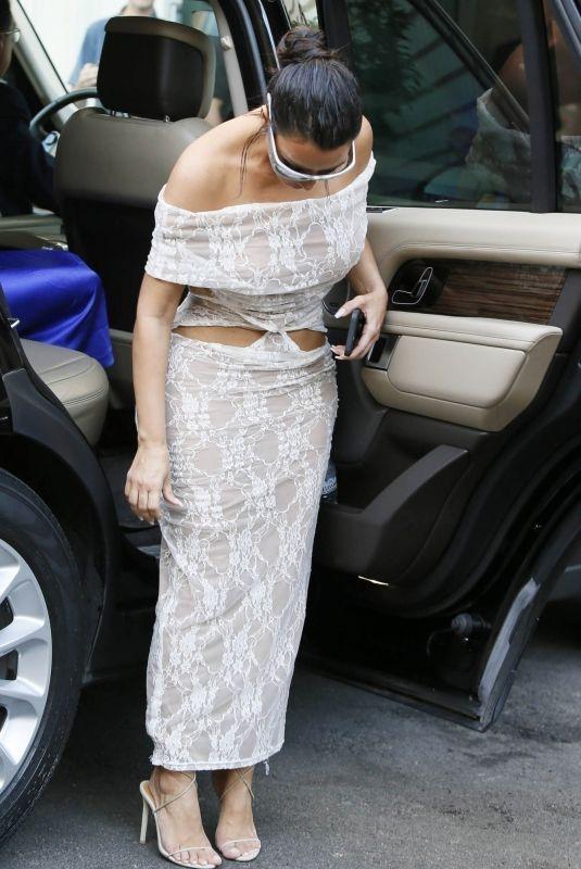 KIM KARDASHIAN Arrives at Her Hotel in Rome 06/29/2021