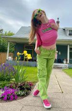 LARSEN THOMPSON - Instagram Photos 06/21/2021