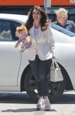 LISA VANDERPUMP Shopping at Rock Mill Tile and Stone in Beverly Hills 06/24/2021