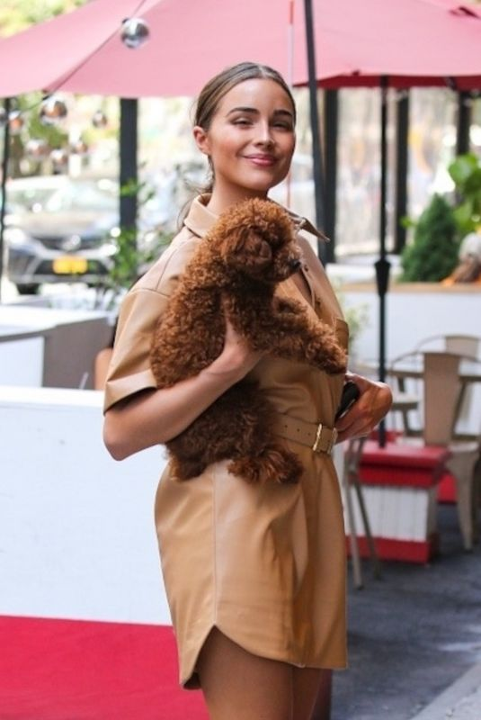 OLIVIA CULPO Out with Her Dog in New York 06/15/2021