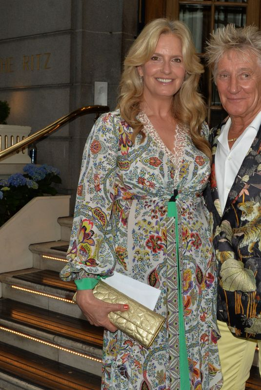 PENNY LANCASTER and Rod Stewart Celebrates Their Wedding Anniversary in London 06/16/2021