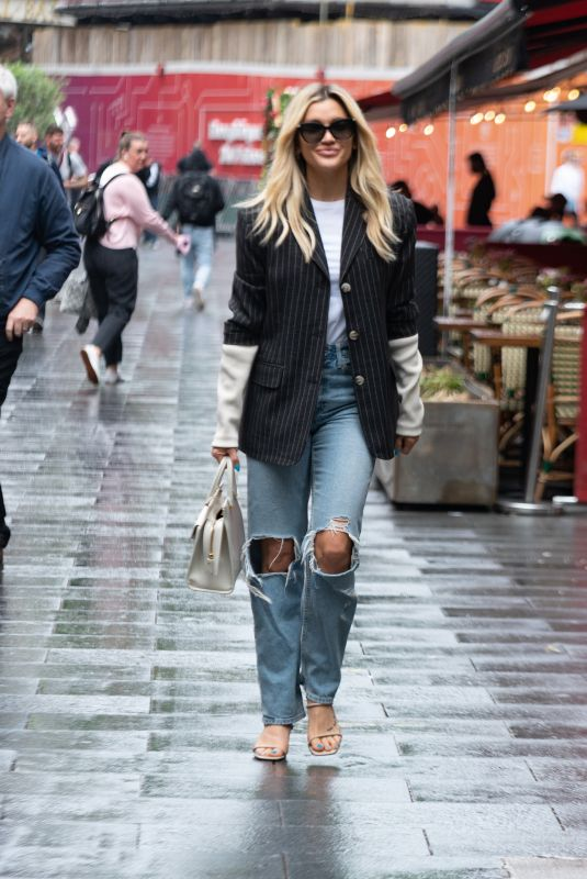 ASHLEY ROBERTS in Ripped Denim Arrives at Heart Radio in London 07/12/2021