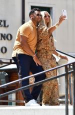 CIARA and Russel Wilson Out Shopping in Venice 07/03/2021