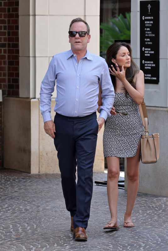 CINDY VELA and  Kiefer Sutherland Out on Rodeo Drive in Beverly Hills 07/12/2021