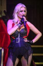 DENISE VAN OUTEN at Cabaret All Stars Featuring Denise Van Outen in London 07/16/2021