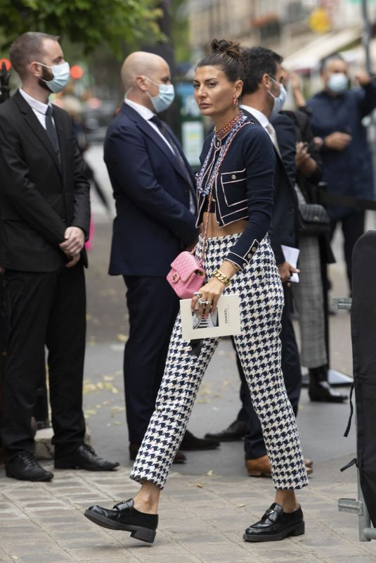 GIOVANNA BATTAGLIA ENGELBERT Arrives at Chanel Haute Couture Show at Paris Fashion Week 07/06/2021