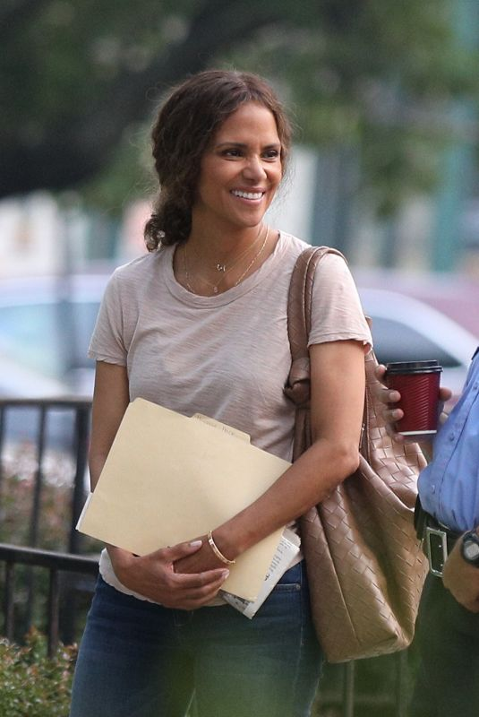HALLE BERRY on the set of The Mothership in Norwood 07/20/2021