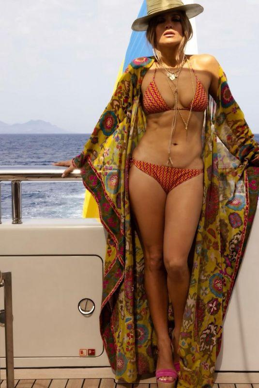JENNIFER LOPEZ in Bikini - Instagram Photo 07/27/2021