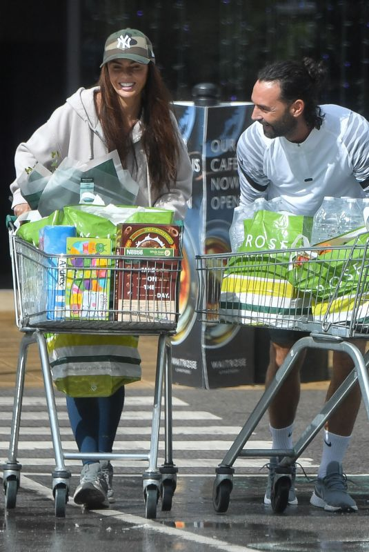 JENNY METCALFE Shopping at Waitrose Supermarket in Cheshire 07/28/2021
