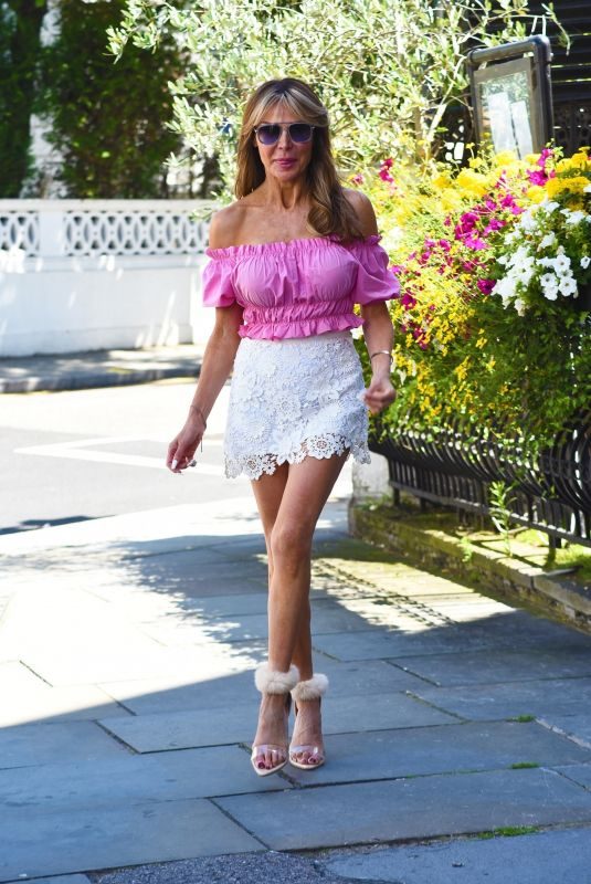 LIZZIE CUNDY Out for a Lunch Date in London 07/16/2021
