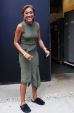 ROBIN ROBERTS Arrives at ABC Studios in New York 07/06/2021