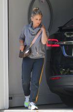 SARAH MICHELLE GELLAR Arrives at Her Home in Santa Monica 07/02/2021