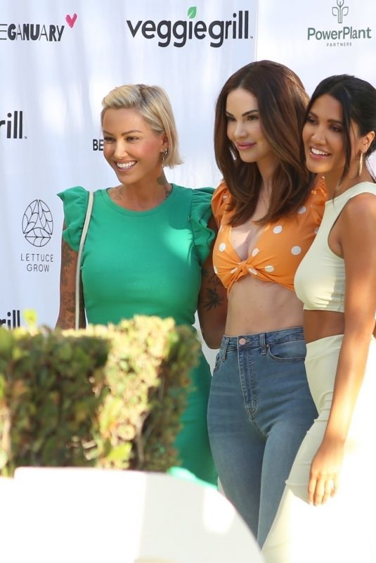 TINA LOUISE, CJ FRANCO and JAYDE NICOLE Out in West Hollywood, July 2021