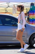 CHANTEL JEFFRIES Shopping at Farmers Market In West Hollywood 08/29/2021