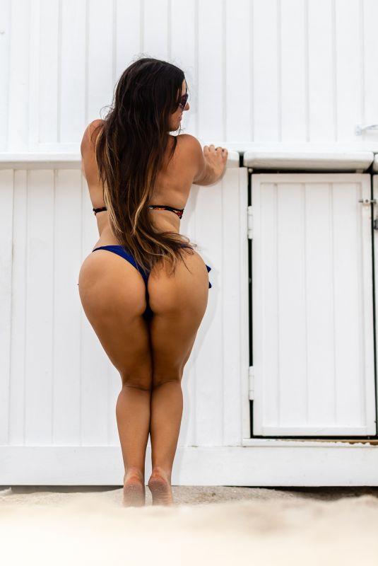 CLAUDIA ROMANI in Bikini on South Beach 08/19/2021